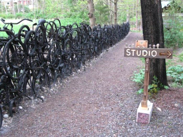 lots-of-black-bikes-fence