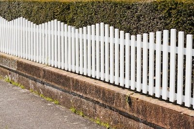 White Vinyl Picket Fence in Portland OR