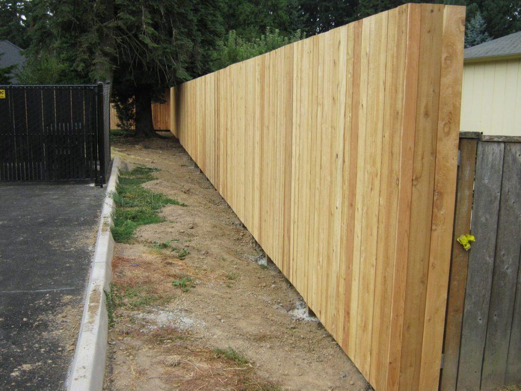 8-tall-cedar-fence-10.jpg